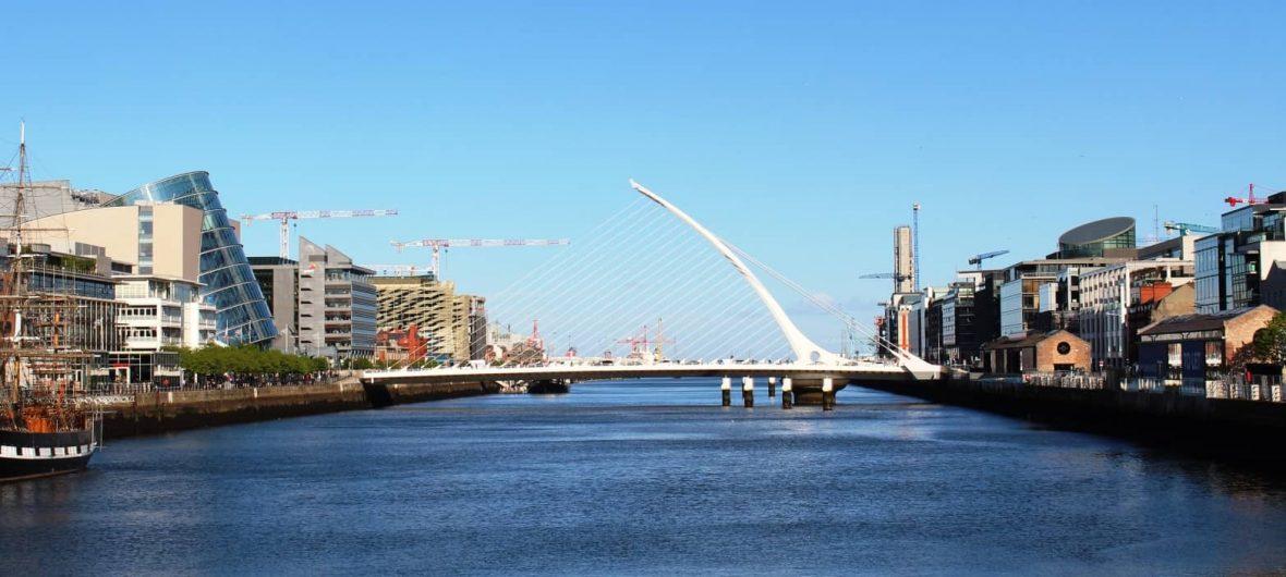 Информация и самолетни билети за градовете: dublin min 1